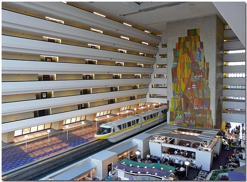 Contemporary Hotel Foyers : Disneycontemporaryhotel