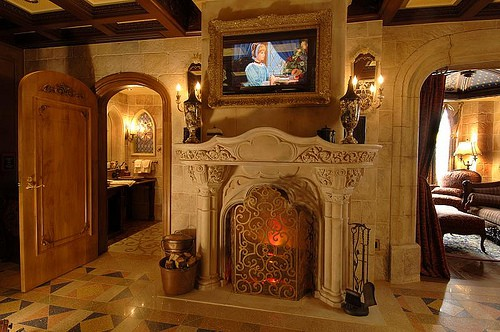 How Do You Get To Stay In Disneys Cinderella Castle Suite