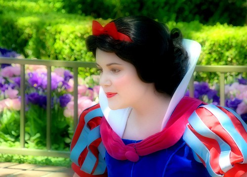 disney world Snow White
