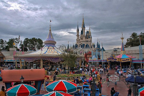 How much do Disney World tickets cost?