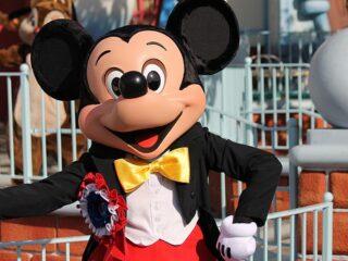 Disneyland Character Dining
