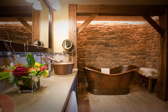 Big Thunder Mountain Suite Bathroom