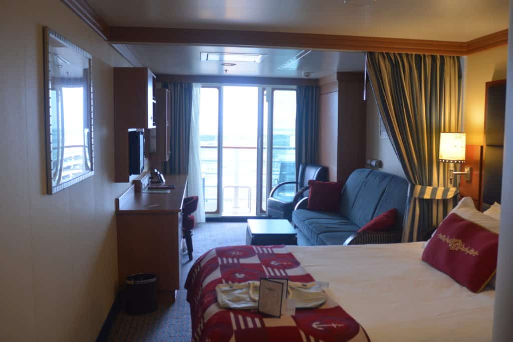 Picture of: How To Choose A Disney Cruise Stateroom Everythingmouse Guide To Disney