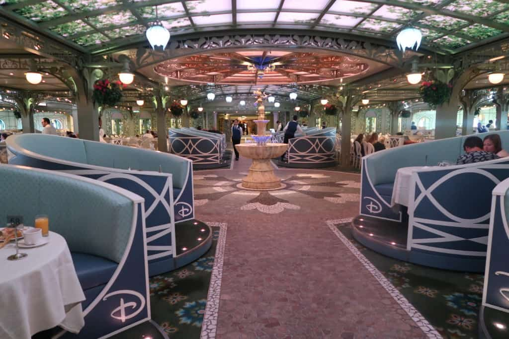 How to Request a Private Table on a Disney Cruise