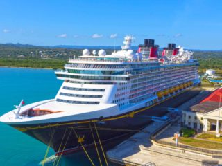 When Will Disney Cruise Ships Start Sailing Again?