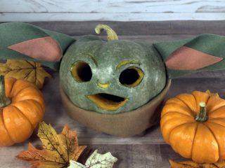 baby-yoda-pumpkin