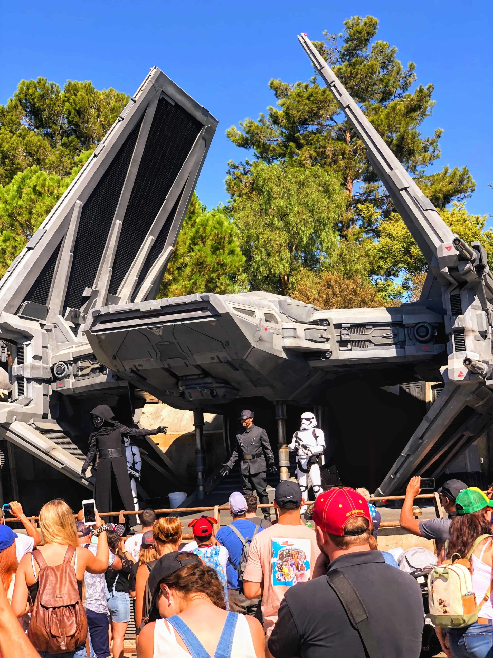 What Should You Not Miss At Disneyland?